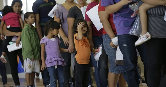 Immigrants caught at border believe families can stay in US