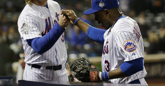 Syndergaard buzzes Escobar; Mets beat Royals 9-3 in Game 3