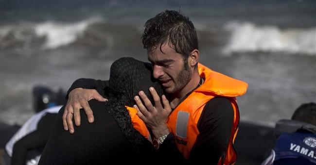 Greece: Protesters target border fence after refugee deaths