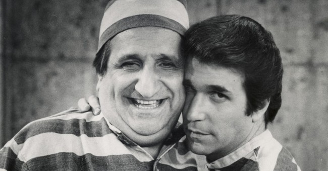 "Al Molinaro, drive-in owner in ""Happy Days,"" dies at 96"