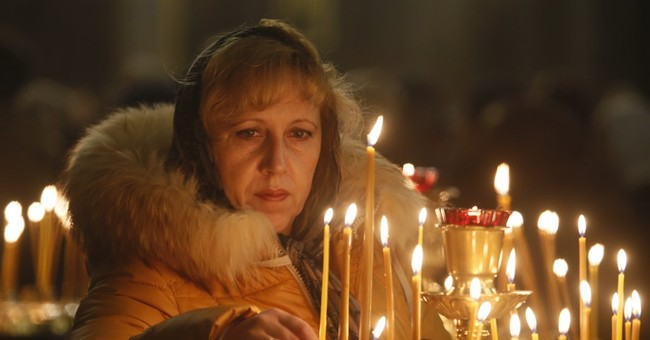 Russians mourn victims of plane crash in Egypt