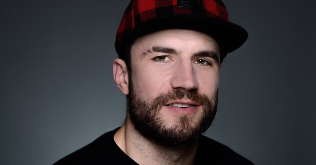Free music becomes top-selling album for singer Sam Hunt