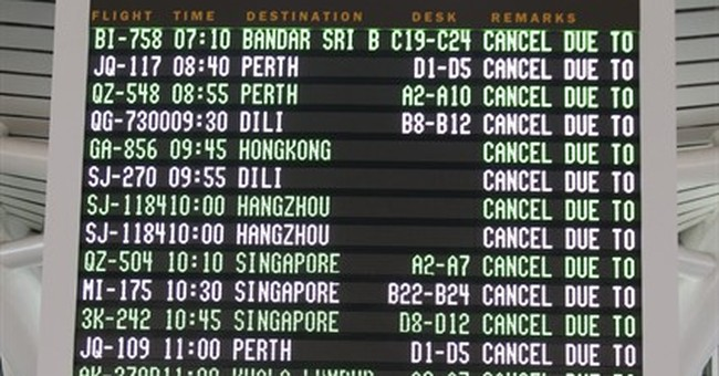 Volcanic eruption closes 3 Indonesian airports