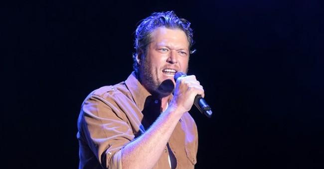 'Voice' mentors Gwen Stefani and Blake Shelton are dating
