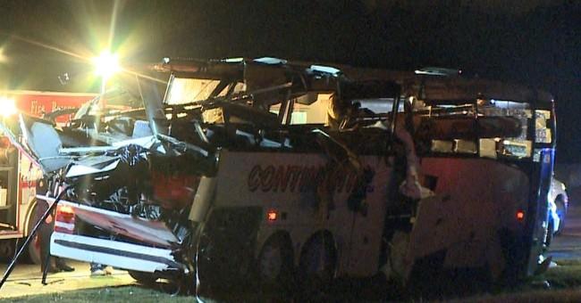 6 migrant farmworkers killed as bus hits bridge in Arkansas