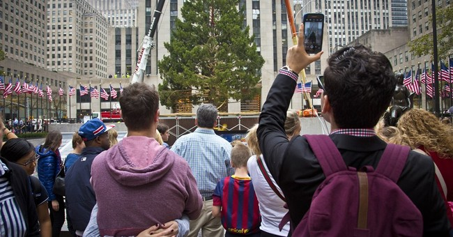 78-foot tree hoisted into place at Rockefeller Center