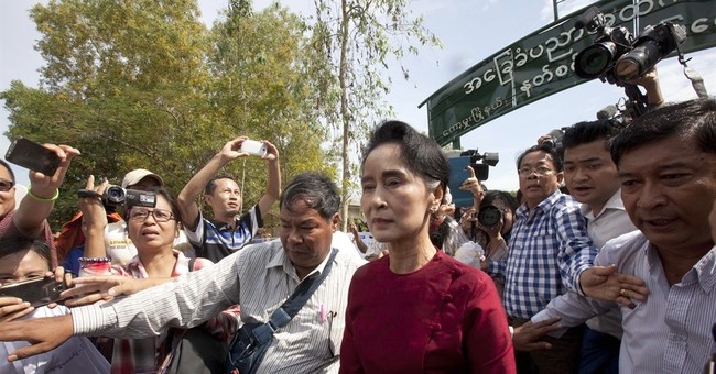 Myanmar pro-democracy icon Suu Kyi casts her 1st-ever ballot