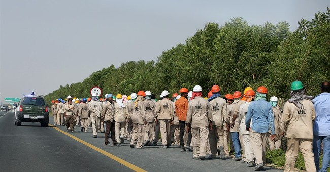 Laborers stage protest as Dubai Airshow begins