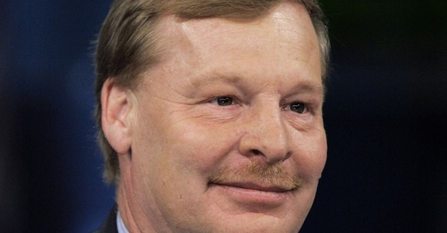 DuPont names Breen as chairman and CEO