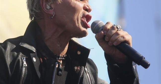 Billy Idol announces Vegas residency at House of Blues