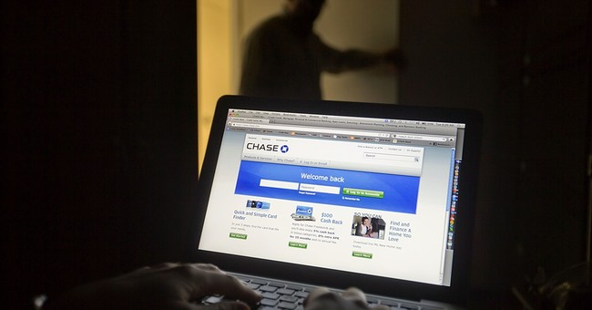 Banks, at odds with personal finance sites, disrupt service