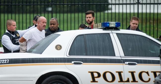 Man arrested for using slingshot outside White House fence
