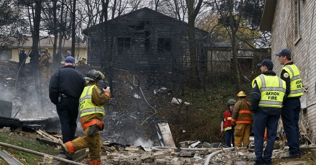 The Latest: Owner says 9 aboard plane that crashed in Ohio
