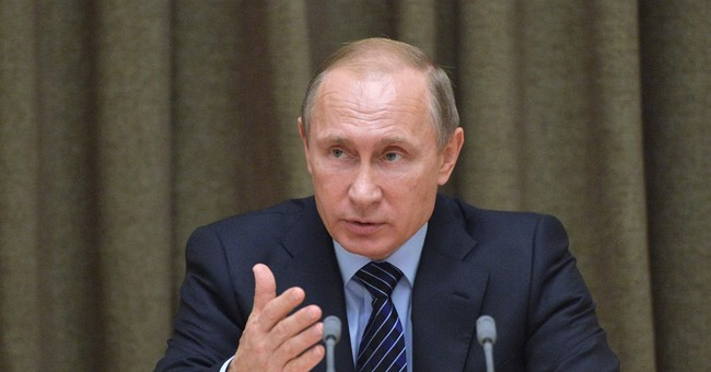 Putin: Russia doesn't want to enter arms race