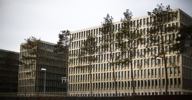 Report: Germany spied on FBI, US companies, French minister