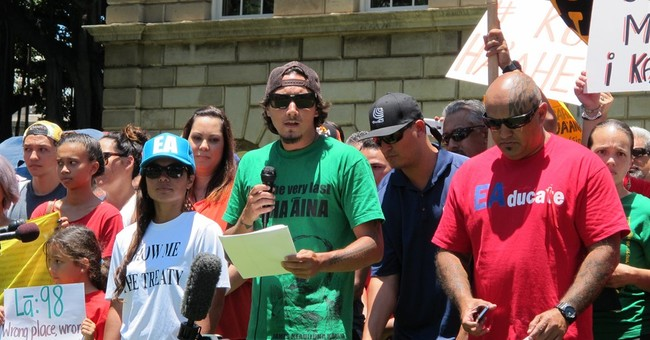 3 telescope protesters want to testify at trials in Hawaiian