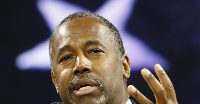 Carson talks issues _ and comes up short on specifics