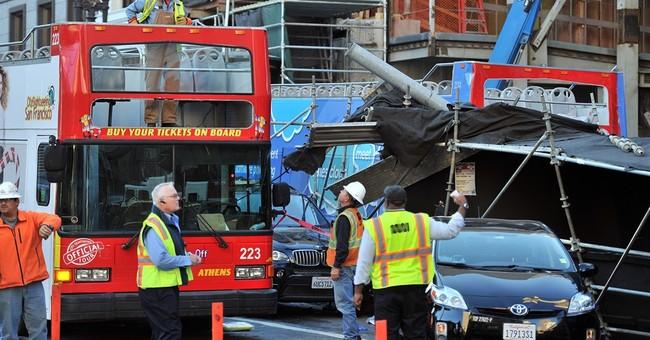 San Francisco tour-bus crash leaves 4 in critical condition