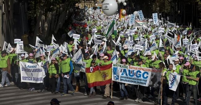 Spain's Guardia Civil protest seeking better work rights