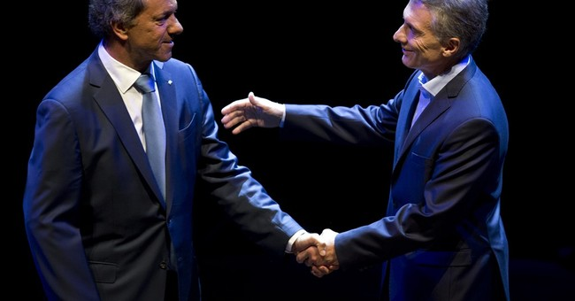 Argentine presidential candidates blast each other in debate