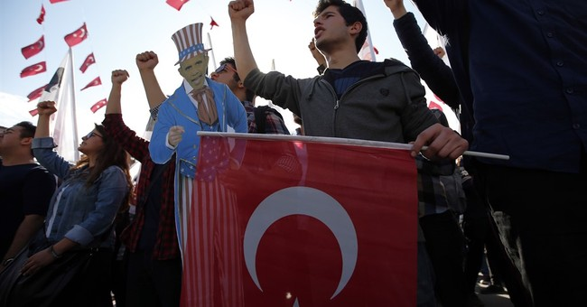 Dozens detained in G20 protests in Turkey