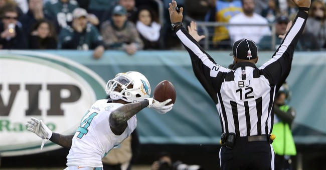 Dolphins rally to beat Eagles 20-19