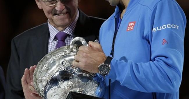 Djokovic wins 5th Australian Open title, denies Murray a 1st