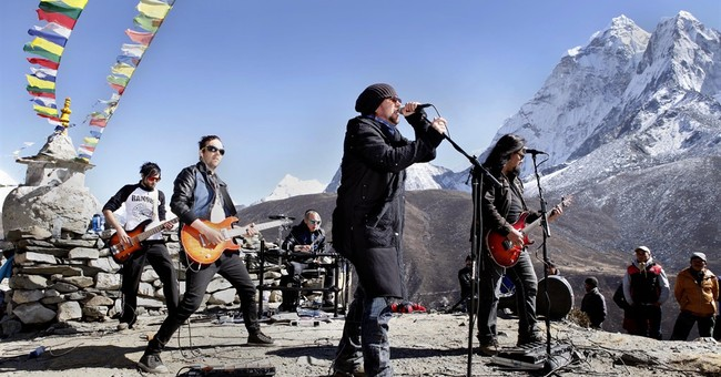 Finnish rock band, sign-language rapper perform near Everest