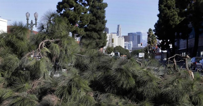 Western US hit with blast of winter-like weather