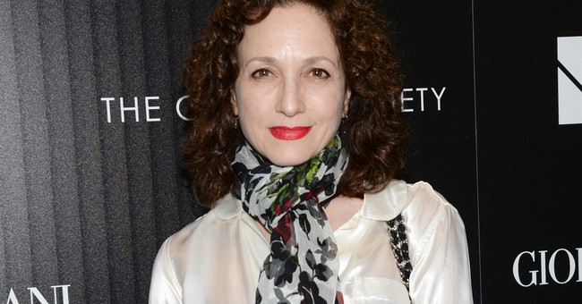 Bebe Neuwirth to join faculty of Manhattan School of Music