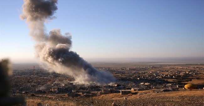 Victory at Iraq's Sinjar aided by Islamic State withdrawal