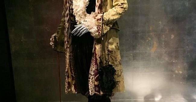 New Met exhibit celebrates style of Jacqueline de Ribes