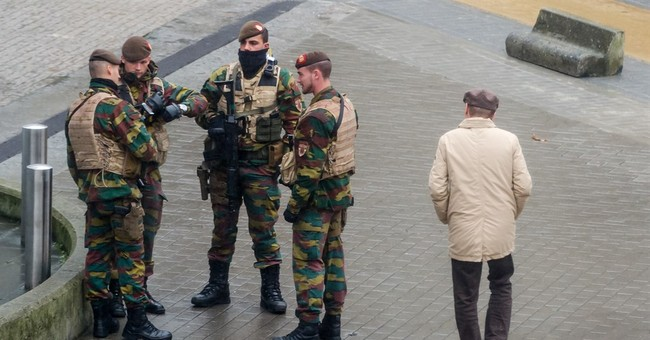 French hunt 2nd fugitive, launch new airstrikes on IS