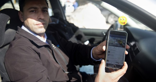 New apps help Palestinians navigate Israeli checkpoints
