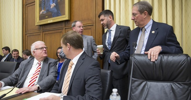 House panel approves bill to overhaul sentencing laws