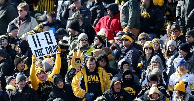 AP Top 25: Iowa up to 3 behind Clemson, Alabama; Ohio St 8th