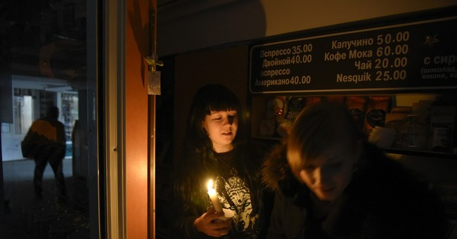 Explosions at Ukrainian towers leave Crimea without power