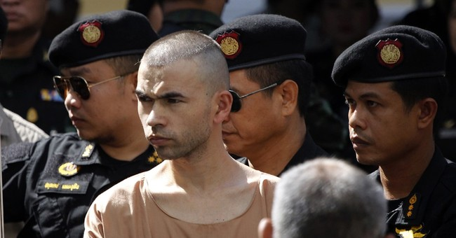 Thailand indicts 2 for deadly Bangkok bombing