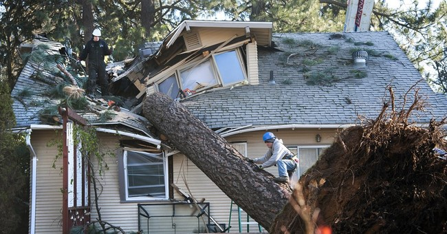 The Latest: About 40,000 without power in western Washington