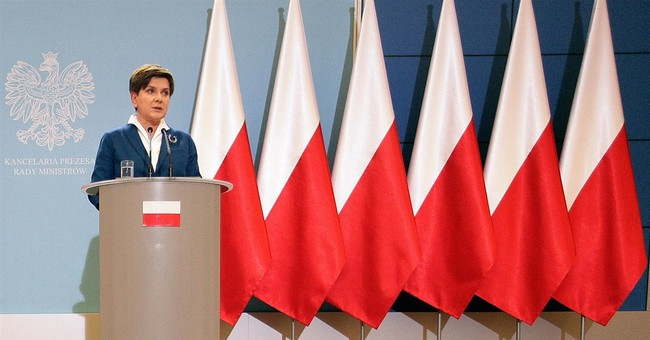 EU flags disappear from Polish government press briefings