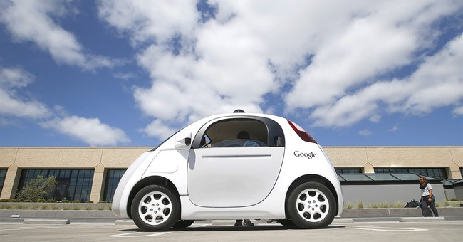 US officials signal move toward embracing self-driving cars