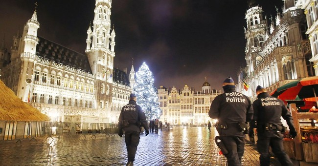Brussels security lockdown hits businesses ahead of holidays