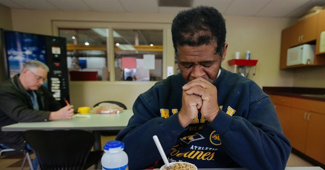 Funds pour in for Detroit man walks 21 miles to, from work