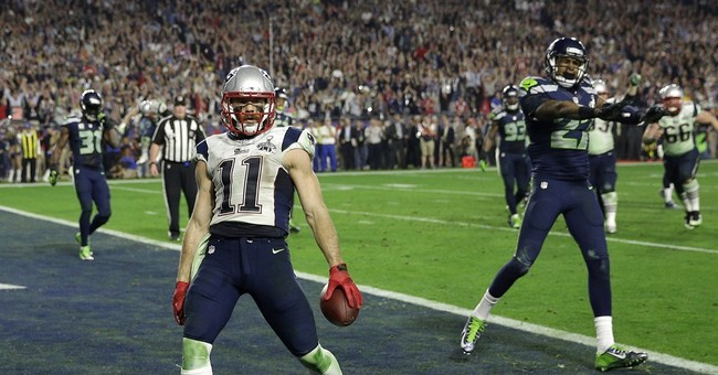 AP source: Edelman cleared to play after concussion test