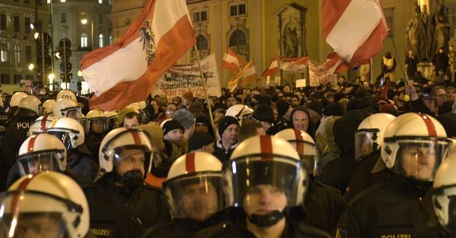 Austria's first anti-Islam protest small, draws extremists