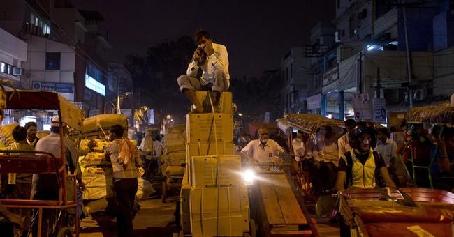 Wandering the maze of New Delhi's spice market