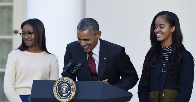 Malia Obama navigating college decision-making process