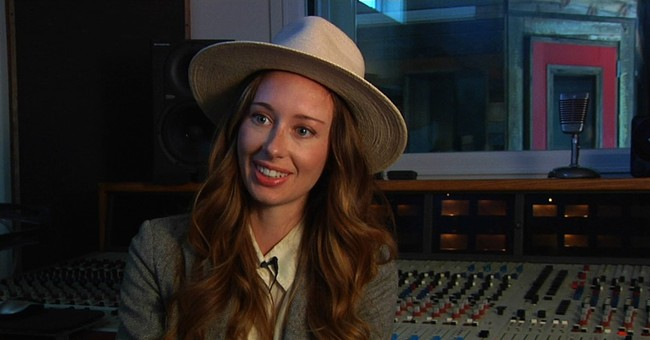 Singer-songwriter Lera Lynn breaks out from 'True Detective'