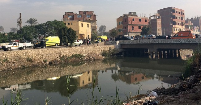 Drive-by shooting kills 4 Egyptian police near Cairo