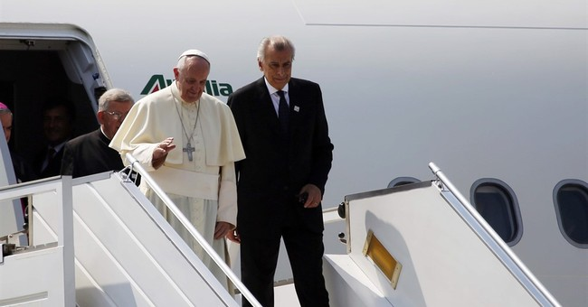 The Latest: Pope welcomed to Central African Republic